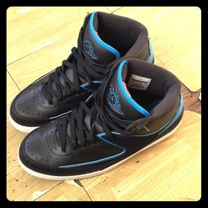 Air Jordan 2s size 13 great condition